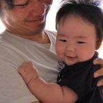 赤ちゃんが抱っこしないと泣くというママへ!子育て中の家事のコツ
