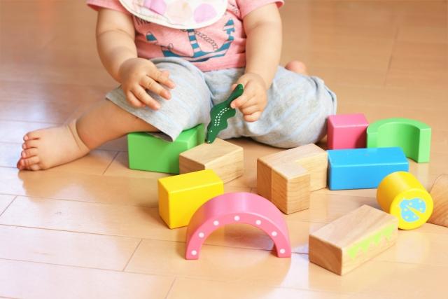 積み木でまったく遊ぼうとしない時の対処法