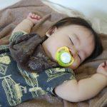 赤ちゃんが発熱!風邪や熱がある時の服装と室温の注意点