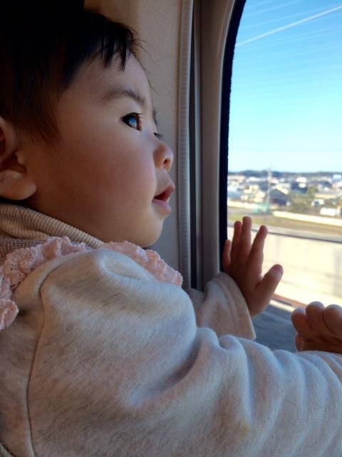赤ちゃんと一緒に温泉旅行の交通機関選びのポイント