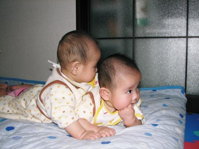 赤ちゃんの寝かせ方を変えるのは結構大変なので少しずつ慣らしていこう