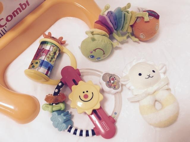 3~6ヶ月の赤ちゃんの特徴とプレゼント