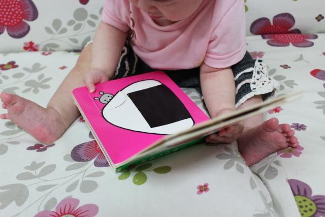 赤ちゃんにおすすめの人気絵本