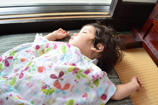 寝汗がすごい赤ちゃんはよくいるので心配せずに快適に寝られる環境をつくろう